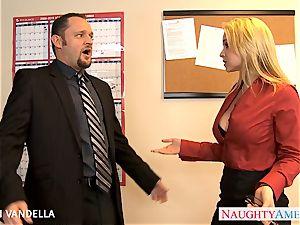spectacular Sarah Vandella gives oral romp