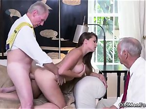 Give it to me daddy first-ever time Ivy amazes with her immense bra-stuffers and booty