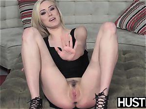 Irresistible Haley Reed blowbanged before messy facial
