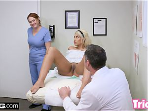 Trickery cougar Bridgette B has romp with giant trunk doc