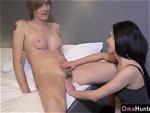OmaHunter High mature woman has hook-up with super-steamy nubile dame