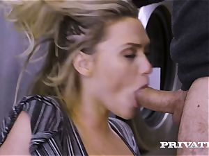 Private.com - Mia Malkova gets penetrated in the laundry