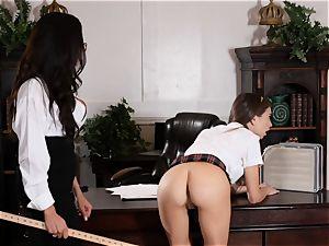 crazy schoolgirl Riley Reid controls the cunny of educator Ariella Ferrera