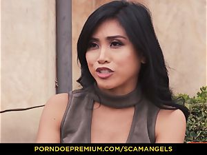 SCAM ANGELS - Melissa Moore and sizzling buddies in 4 way