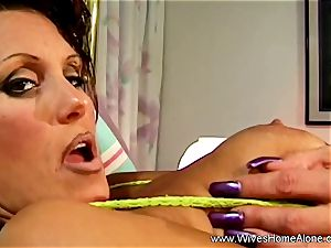 super-sexy Housewife Alone And wanking