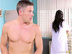 gigantic breasted physician Romi Rain gets her mitts on her ultra-kinky patient
