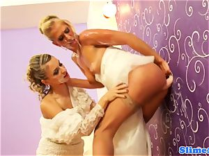 girl/girl gloryhole brides bukkakke coated