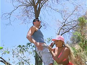huge-boobed Luna starlet ravaged outdoors on a tree