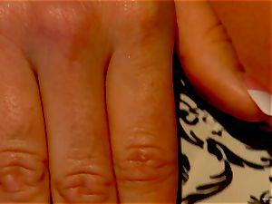 red-hot Sadie Swede enjoys teasing her raw vulva
