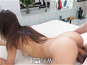 Charity Crawford is impressed by her brother's morning boner