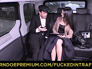 fucked IN TRAFFIC - German honey pummeled by cab driver