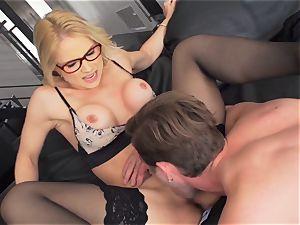 Milffest pt2 Sarah Vandella cum strewn after a super hot bang