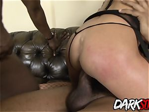 cougar Cathy Inez takes black man-meat in her arse and jism on her face