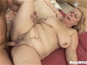 Saggy titted platinum-blonde Mature Stepmom rectal plowed