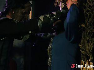 Kiki Minaj & Danny D - Klingons against the plucky team of the Enterprise