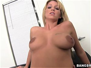 Trixie star trys out ffor her first porno audition