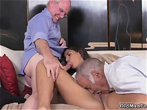 2 elderly and platinum-blonde lady drill first time Going South Of The Border